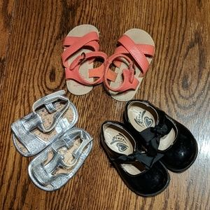 Lot of 3 Pairs Size 3/4 Infant Girl Shoes